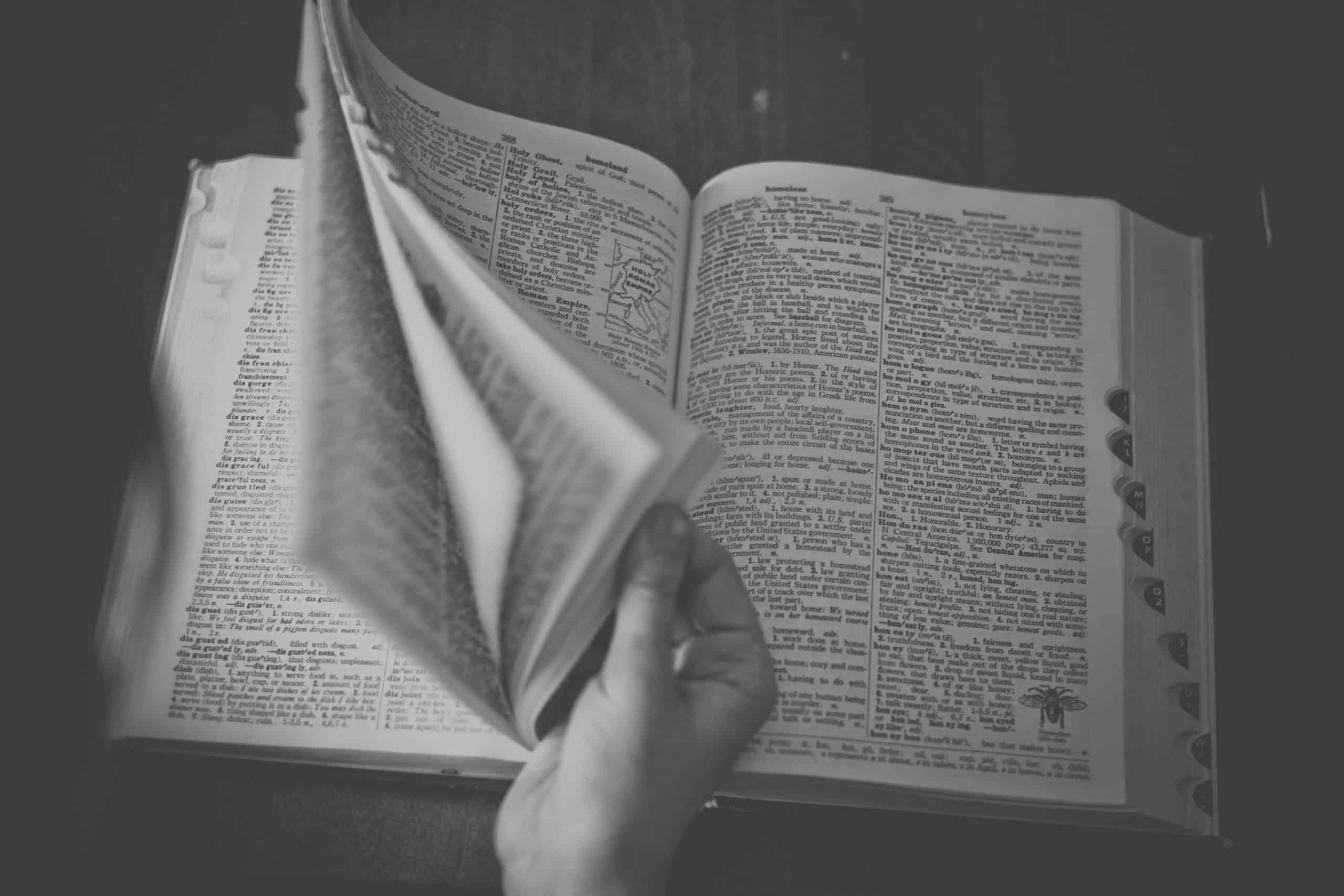 content writing tips - thesaurus