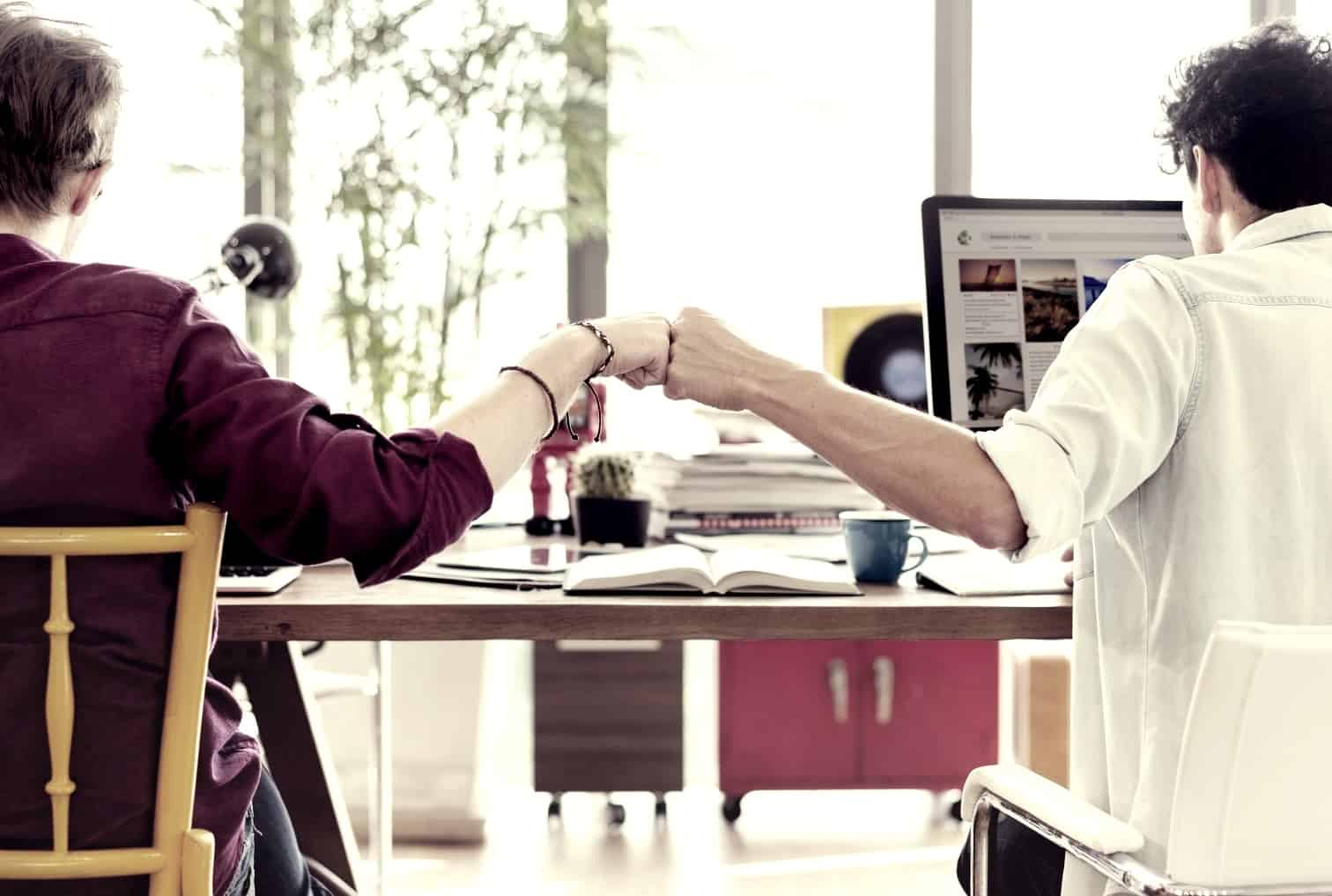 motivate your sales team - positive interactions